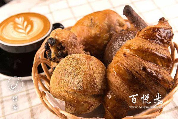 创业者入行面包加盟店经营面包店的生存法则