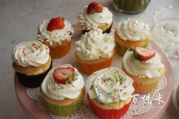 一款简单又好吃的纸杯蛋糕,给生活增添多点甜蜜